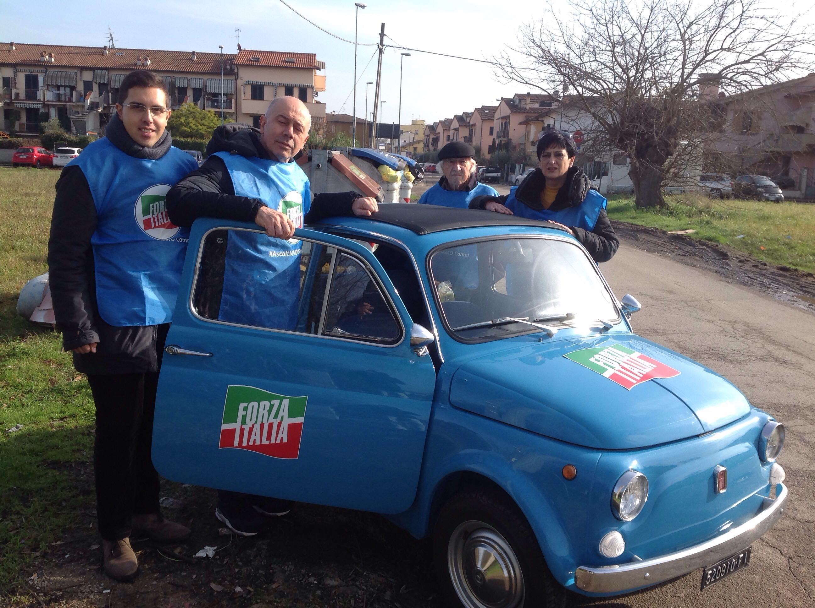 La 500 azzurra di forza italia arriva a san martino for Deputati di forza italia