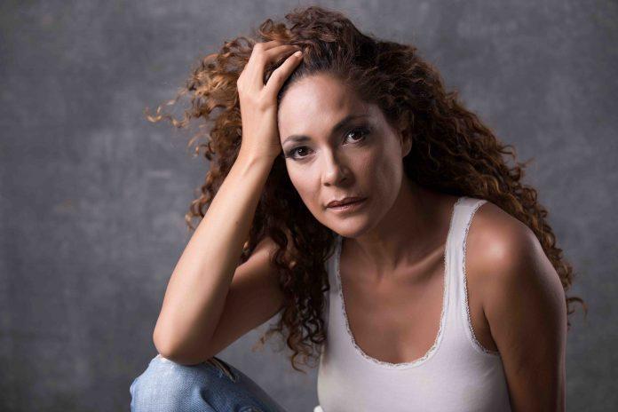 L'attrice Simona Cavallari