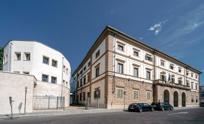 palazzo comunale e saletta