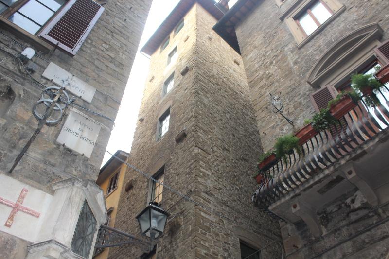 Casa Torre Donati